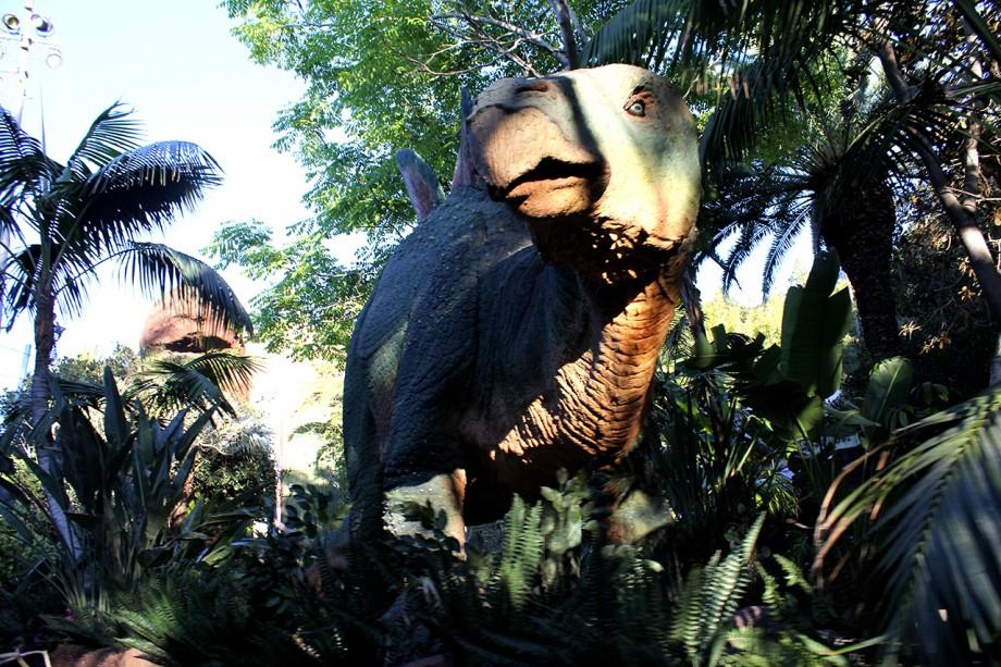 można też odwiedzić Jurassic World