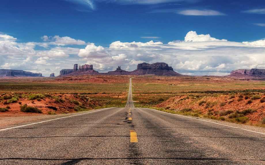 Utah State Road 89 --- Image by © Top Photo Corporation/TopPhoto/Corbis